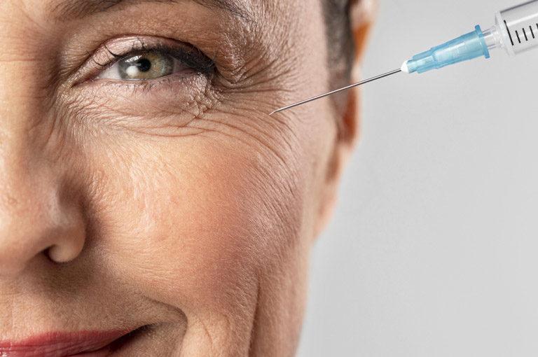 Botox para eliminar arrugas. Clínica Fernández. Clínica de referencia de Cirugía Estética en León.